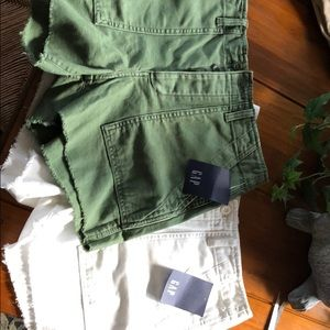 Gap NWT utility shorts